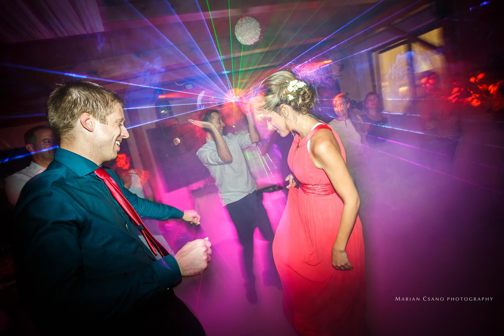 Dj na svadbu osvetlenie parketu